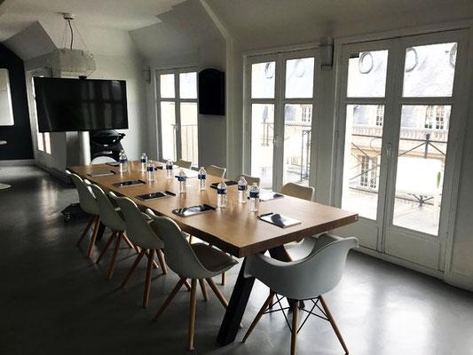 ARTMETA / Table Aubier 300 x 100 cm / Chêne blanchi + Marron cuivré