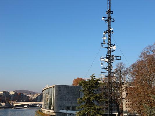 La tour cybernétique
