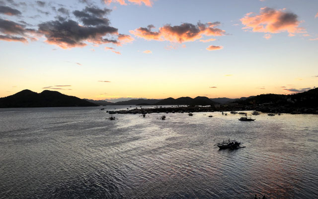 Sunset in Coron