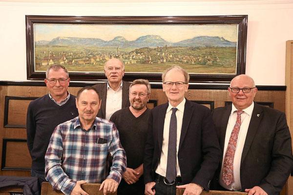 Hoffen weiter auf den öffentlichen Dialog mit Holcim (von links): Ulrich Teufel, Klaus Hahn, Werner Jessen, Uwe Jetter, Dietmar Foth und Helmut Reitemann. Foto: Maier