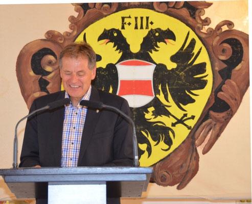 Die schwungsvolle Ansprache des Schwäbisch Gmünder Oberbrgermeisters Herrn Richard Arnold