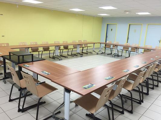Installation réunion de travail pour 30 personnes