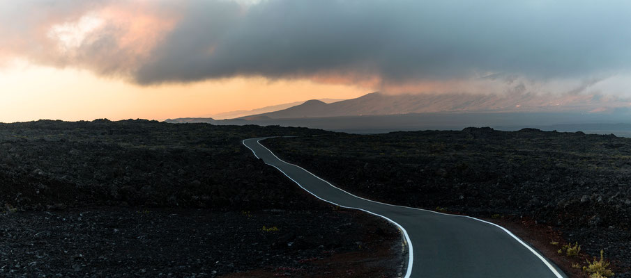 Access road of Mauna Loa opposite Mauna Kea after sunset
