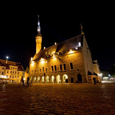 City hall of Tallinn at night