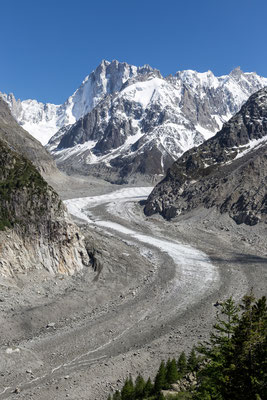 One of the most beautiful glaciers that I have seen: Mer de Glace