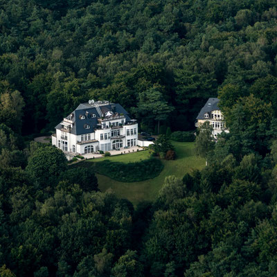 Aerial of villa at Elbe river near Hamburg