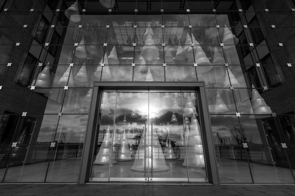 Company foyer opposite the Port of Hamburg