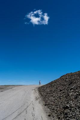 Cyclist login up Sierra Nevada, Andalucia