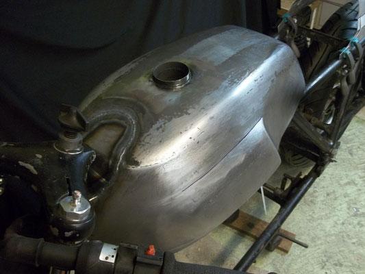 Moto Guzzi Stahltank