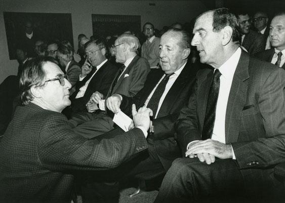 07. November 1990 Besuch von Peter Scholl-Latour  beim Liechtensteiner Presseclub Foto: Roland Korner, Triesen