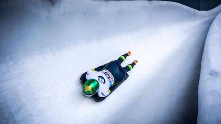 Skeleton - le conducteur est allongé sur le ventre, la tête vers l'avant (sce : Australian Olympic Committee)