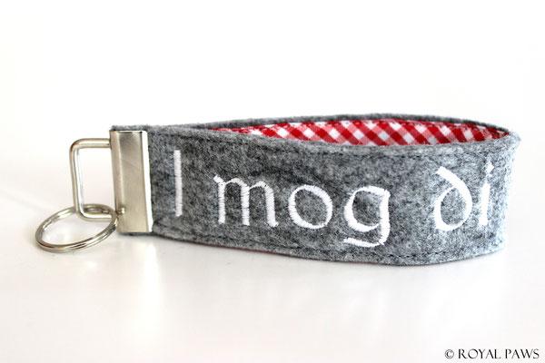 Felt: light grey / Fabric: red-white checkered