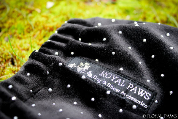 """ROYAL MAJESTY"" black"