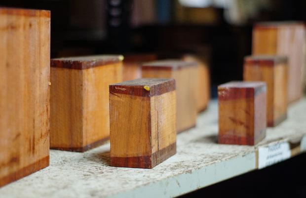 Drechselholzblocks zum Drechseln von Schalen, Dosen und Kunstwerken