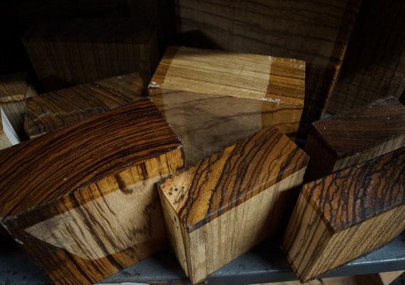 Zebranoblocks zum Drechseln von Schalen, Dosen und Kunstwerken