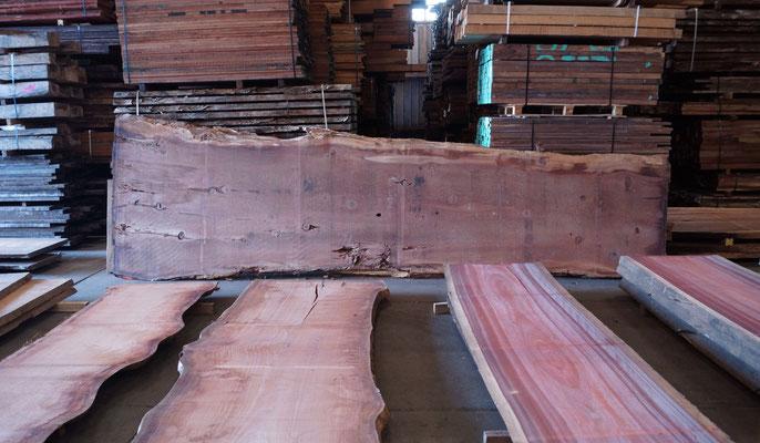 Tischplatten Redwood, Sapeli, Padouk