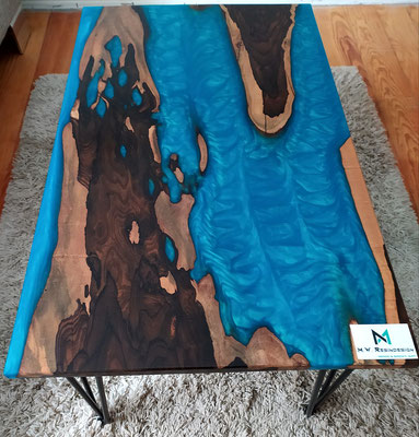 Ziricote and Epoxy Resin table from M. Weidmüller - M.W. Resin Design