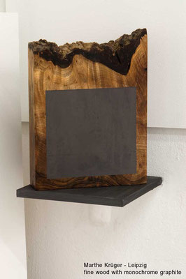 Marthe Krueger Kunst Fine wood with monochrome grapite
