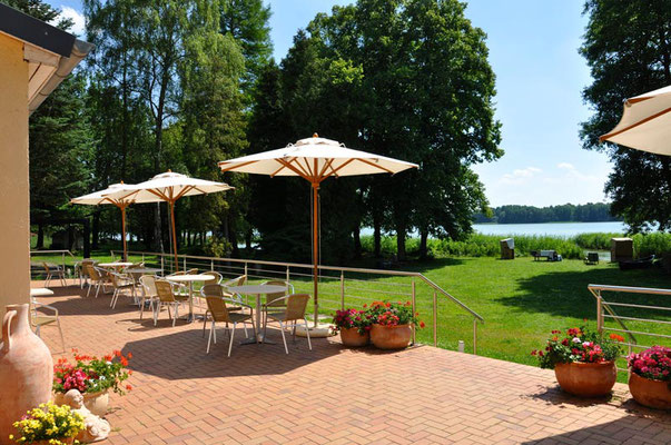 Cafe' am See