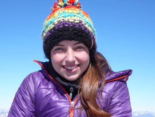 Snowboarder mit cooler Mütze