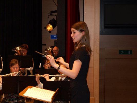 dies nicht zuletzt auch Dank unserer begabten und charmanten Dirigentin.