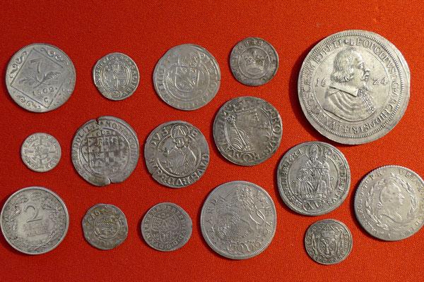 Sammlung neuzeitlicher Silbermünzen unterschiedlichster Zeitstellung