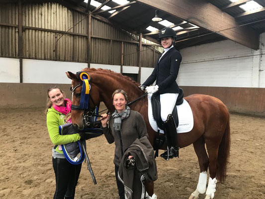 Katharina Deuss, Rita Reisenauer & Carina Peiker mit Lord Carnaby, Wintermühle 2018