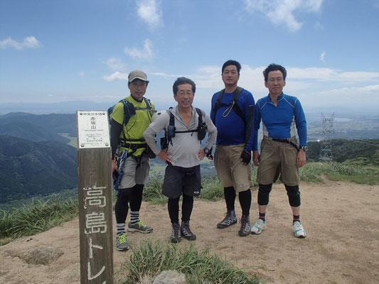 赤坂山 山頂にて