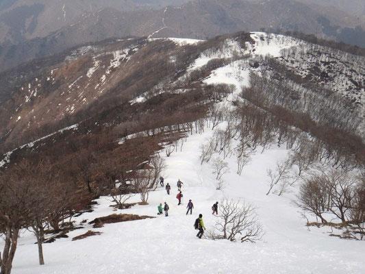鈴北岳からの下りです