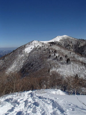 御殿山から見た西南稜と武奈ヶ岳