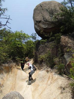 白石峰からの難所