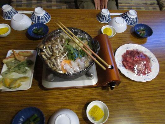 夕食は桜肉の鍋。温まります。