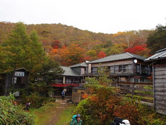 三斗小屋温泉(煙草屋と大黒屋の2軒があります)
