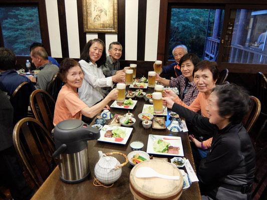 徳沢園での夕食