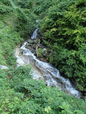 立派な斜滝