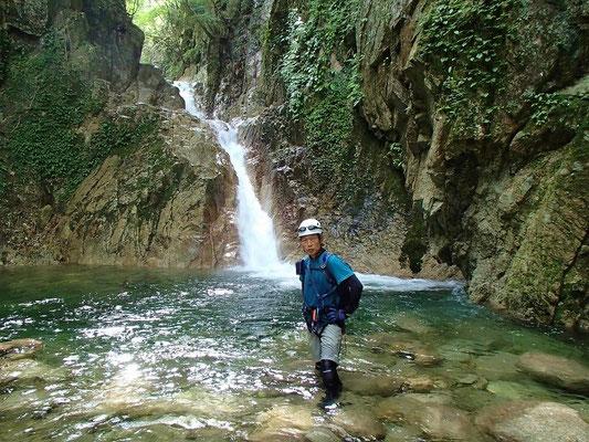 8mの斜滝