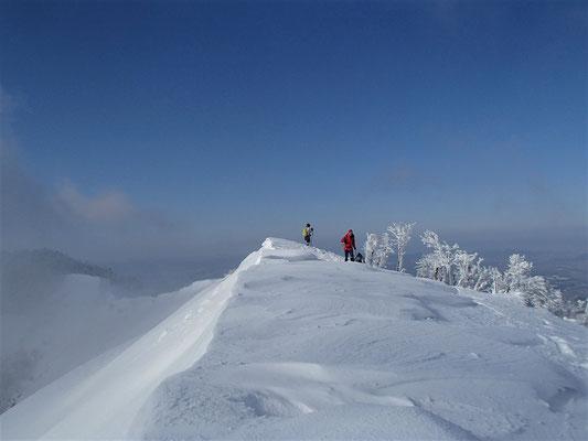 17北尾根の雪稜