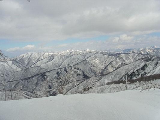 福井県境の山々