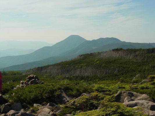 中山展望台から蓼科山