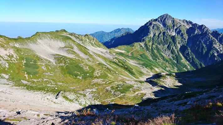 9/14 別山北峰への稜線から剱岳