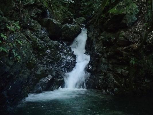 最初の斜滝5m