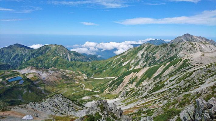 9/13 室堂、大日岳、剱岳、別山と絶景が広がります。