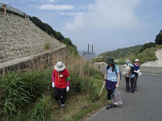 石槫峠での清掃活動