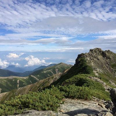 富士山と蝙蝠尾根と塩見岳東峰