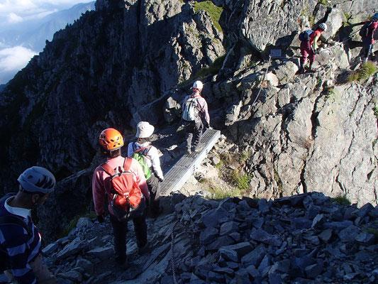 山頂に近づくためには、気が抜けない難所が続きます。