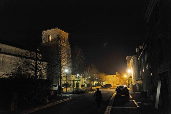 Magné by night