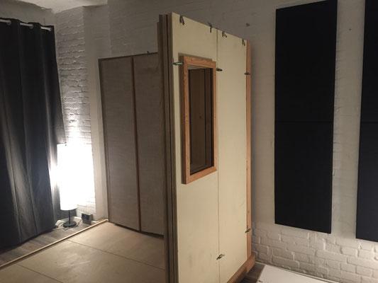 Ein Raum in Raum entsteht.