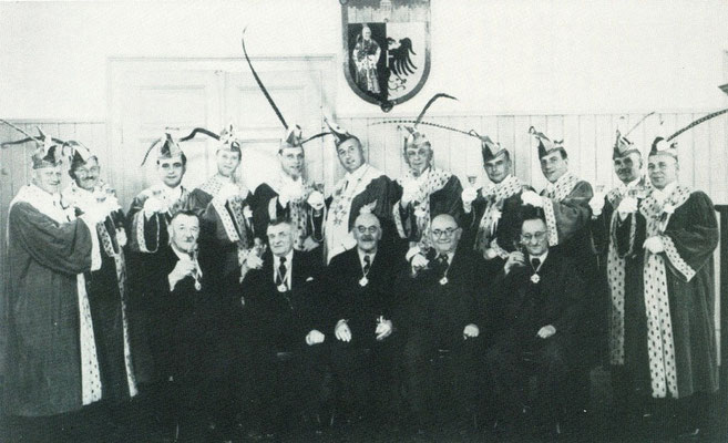von links nach rechts stehend: A. Stoppel, A. Dorn, G. Kramer, E. Glatt, R. Stahl, H. Widmer, A. Schmid, A. Schäfer, Fr. Linder, R. Gaus, Jos. Herrmann - - - - von links nach rechts sitzend: A.Linder, G. Seyfried, O. Wolf, Th. Gugel, Sch. Mönch
