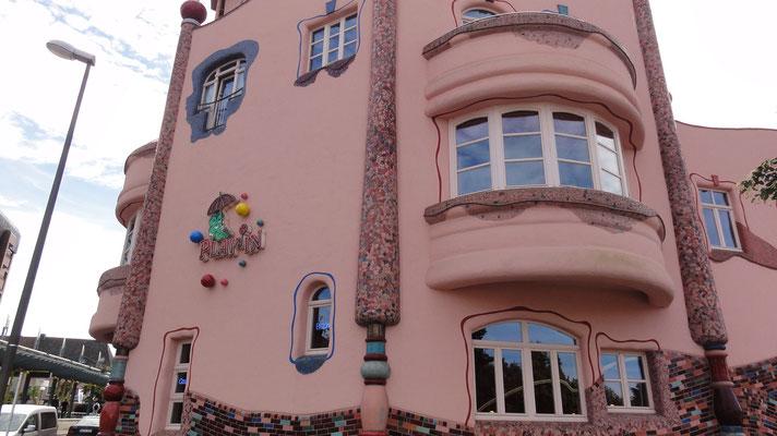 Haus im Stil von Hundertwasser_D_Dortmund-Aplerbeck