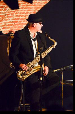 Saxophonist Michael Strauß im Rathauskeller Pöchlarn | Foto: Franz Staufer